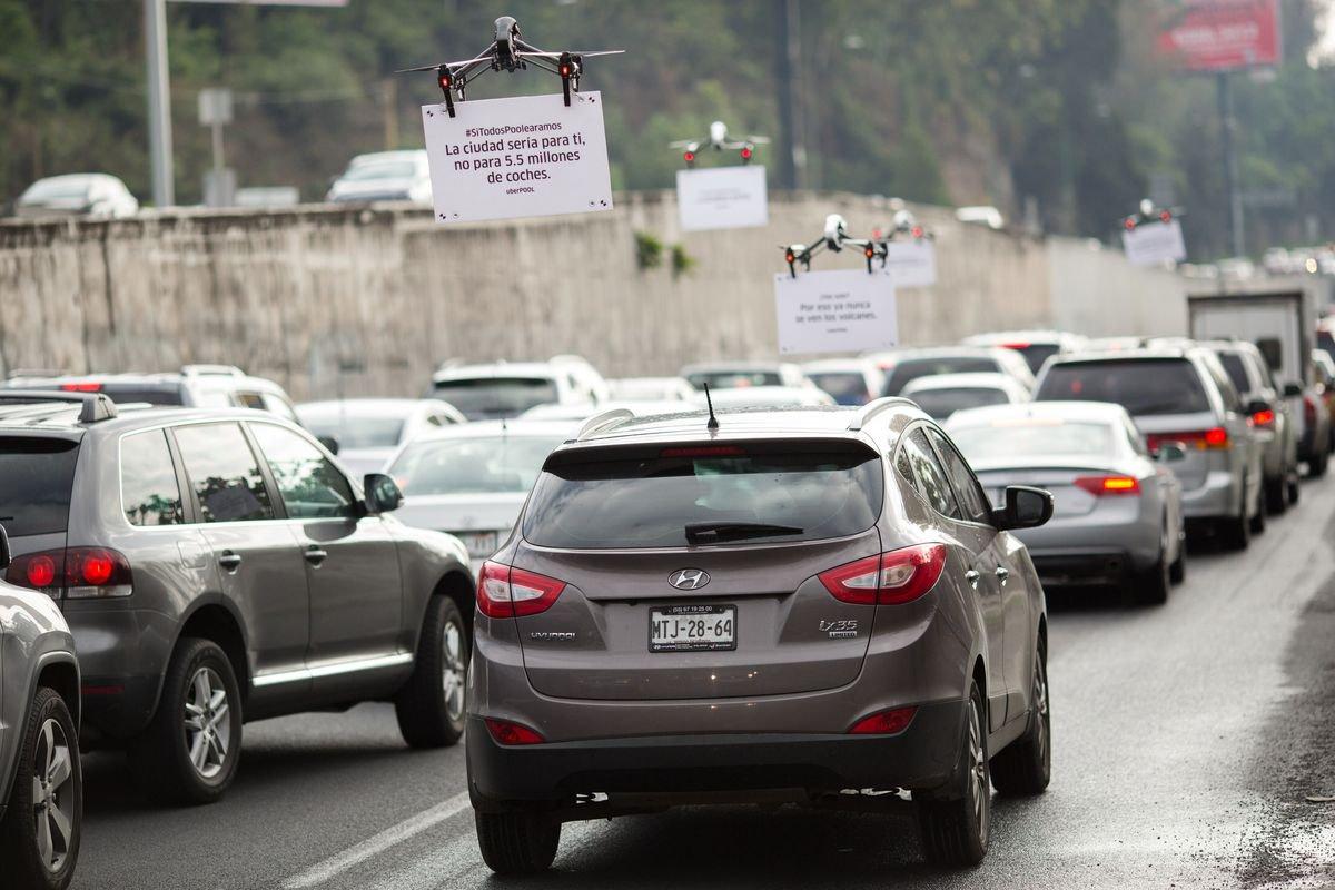 Afbeelding innovatie Uber adverteert met drones